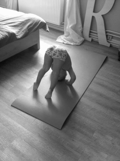 lili yoga